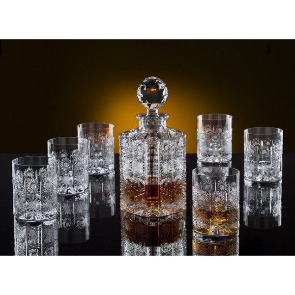 whisky decanter exclusively weddings glass whiskey decanter whiskey decanter royalty free stock. Black Bedroom Furniture Sets. Home Design Ideas