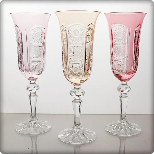 coffret de 6 verres champagne multicolore. Black Bedroom Furniture Sets. Home Design Ideas